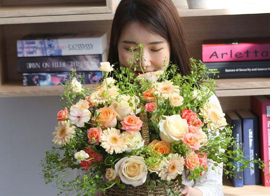 [서울,수도권배송]spring & sweet  꽃들 가득한 봄