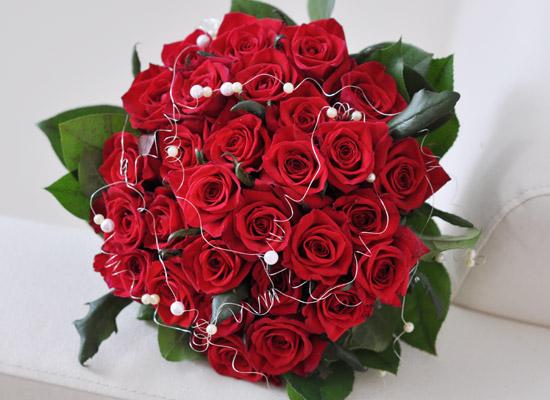 Rose & Cherry lady