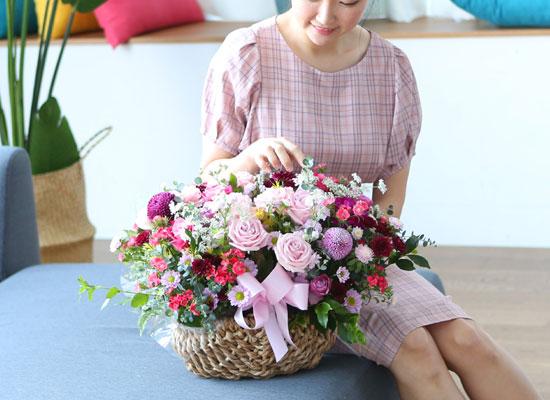 전국으로 꽃 보내세요 - 풍성하면서 화려한 꽃바구니 - Happiness