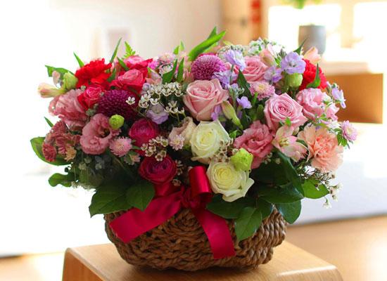 전국으로 꽃 보내세요 - 고급스러우면서 풍성한 꽃바구니 - beautiful pinklady