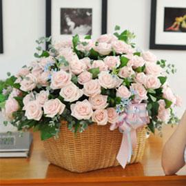 [서울배송] [100]The Roses Bloom - 사랑스런 그녀에게 꽃배달하시려면 이미지를 클릭해주세요