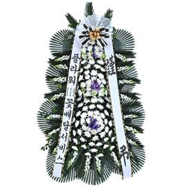 보내시는분의 품격! - 플라워119 근조3단화환( 소철포인트 ) 꽃배달하시려면 이미지를 클릭해주세요