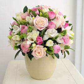 [서울배송]겨울 꽃 연가 - 꽃이 전하는 말(화기는 변경될 수 있음) 꽃배달하시려면 이미지를 클릭해주세요