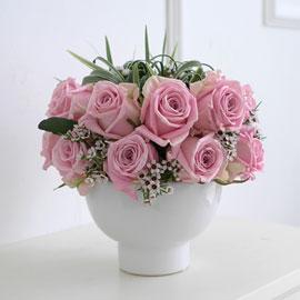 [서울배송] Elegant noble III - But beautiful(화기는 변경됨) 꽃배달하시려면 이미지를 클릭해주세요