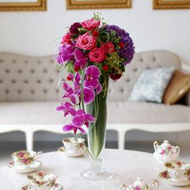 [서울배송]  Art in Flowers - Cascade Vase 꽃배달하시려면 이미지를 클릭해주세요