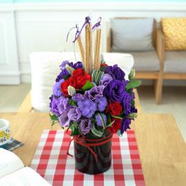 [서울배송]빼빼로day - Black vase Flower 꽃배달하시려면 이미지를 클릭해주세요