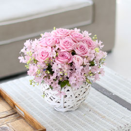 프쉬케 어느날-Angel pink-델피늄혹은 안개꽃으로 진행 / 바구니 품절로로 다른 바구니로 대체됩니다 꽃배달하시려면 이미지를 클릭해주세요