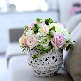 눈부시도록 멋지고 아름다운 인연 - Shape Of My Heart (바구니 품절로로 다른 바구니로 대체됩니다) 꽃배달하시려면 이미지를 클릭해주세요