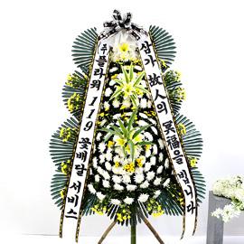 조문용 3단 화환 (고급 중 ) - 삼가 고인의 명복을..... 꽃배달하시려면 이미지를 클릭해주세요