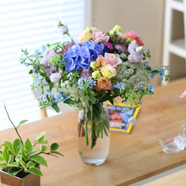Ways to Freshen Your Home -being peaceful 꽃배달하시려면 이미지를 클릭해주세요