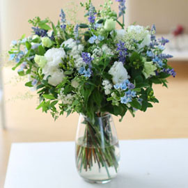 Ways to Freshen Your Home - white and white and blue 꽃배달하시려면 이미지를 클릭해주세요