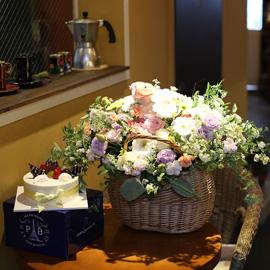 Flowers & Cake - Happy Birthday to you(계절소잭변경) 꽃배달하시려면 이미지를 클릭해주세요