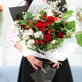 Spring loves Spring red roses 꽃배달하시려면 이미지를 클릭해주세요