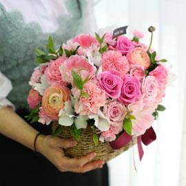 Spring loves Dear my parents (*일부지역은 바구니 변경 될수 있음) 꽃배달하시려면 이미지를 클릭해주세요