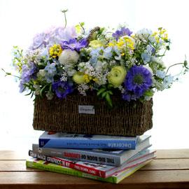 Spring loves 꽃처럼 웃는 날 꽃배달하시려면 이미지를 클릭해주세요