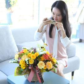 전국으로 꽃 보내세요 - 풍성한 꽃바구니(노랑) 꽃배달하시려면 이미지를 클릭해주세요