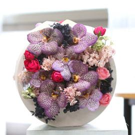 Yes it is Pretty banda & preserved flowers 꽃배달하시려면 이미지를 클릭해주세요