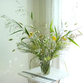 Floral Arrangement - 여름 창가에 꽃배달하시려면 이미지를 클릭해주세요