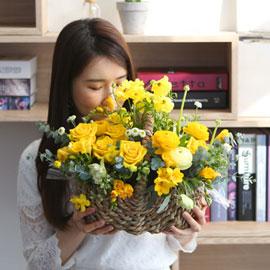 spring & sweet  꽃피는 봄엔 꽃배달하시려면 이미지를 클릭해주세요