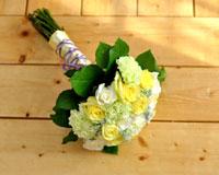 축하꽃다발생일, 공연, 전시, 졸업, 입학 등의 좋은 날을 축하하면서 선물 하는 꽃