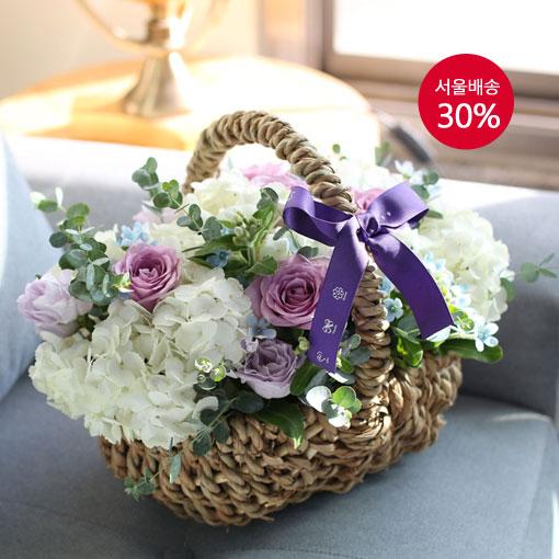 White basket내 순수한 마음을 하얀 꽃에 담아