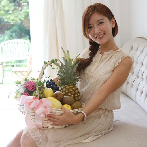 꽃과 과일의 환상조합받는 사람의 만족도가 높은 상품입니다