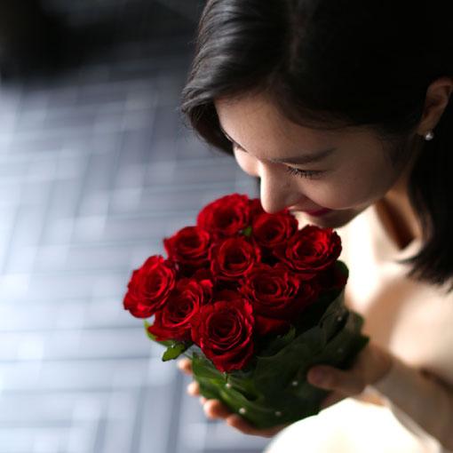 꽃선물은 역시 장미마음을 따뜻하게 감싸주는 장미꽃선물