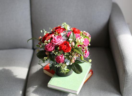 elegant flower base - 꽃으로 사랑을 전합니다.