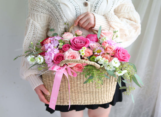 Spring & Sweet Hello Beautiful day