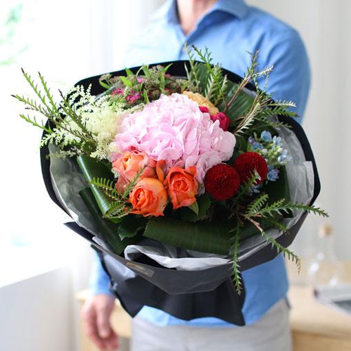 서로 더 사랑하고 아끼는 부부가 됩시다나는 당신이라는 꽃을 받쳐든 꽃받침입니다
