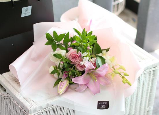 [서울지역 무료 배송, 이외지역 배송비 발생] Nothing but flowers