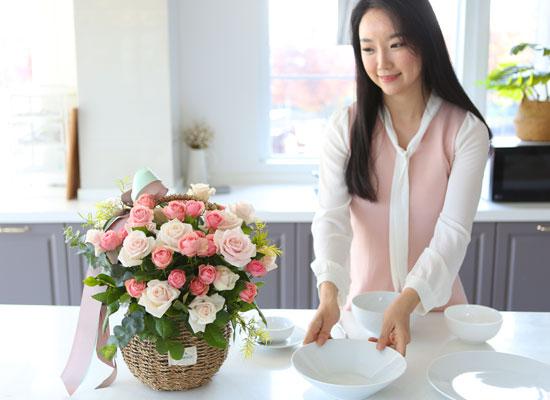 전국으로 꽃 보내세요 -장미바구니(핑크 volume)