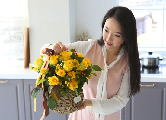 전국으로 꽃 보내세요 -장미바구니(노랑)
