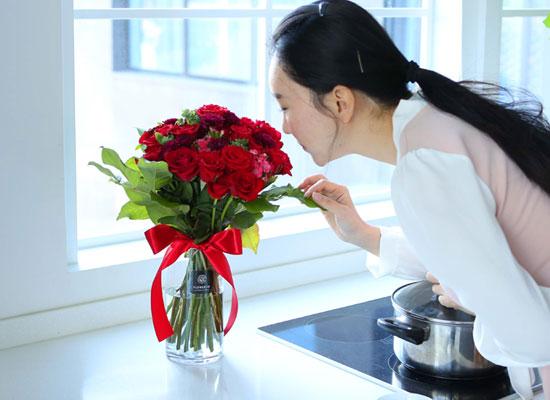 전국으로 꽃 보내세요 -장미와 화병 장미는 역시 붉은장미