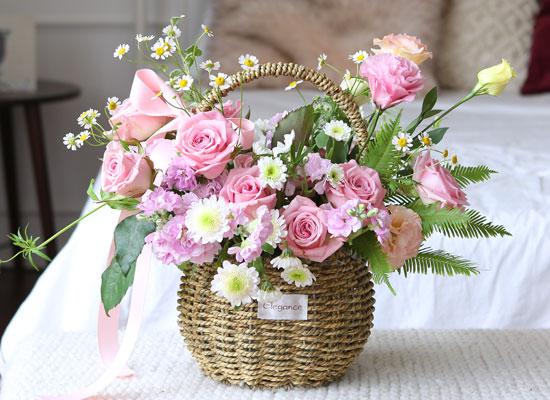 Roseday - Pink roses basket