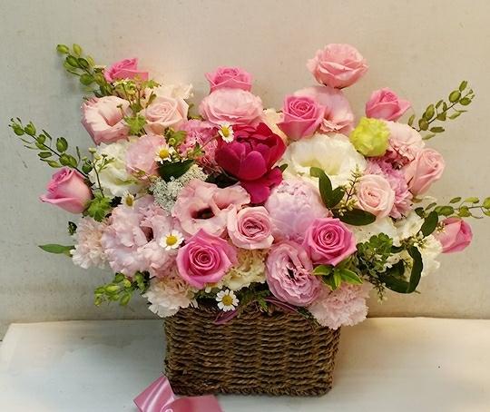 작약 핑크 장미 꽃바구니